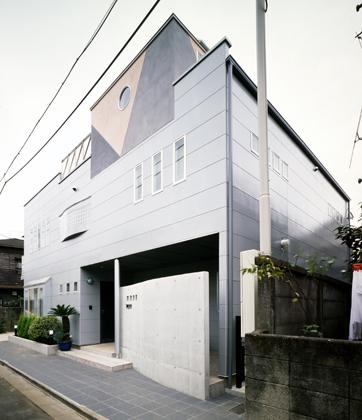 弥生町の家